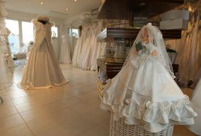 svatební šaty, dámská móda